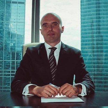 """генеральный директор, основатель компании """"Грачёв и партнеры"""""""